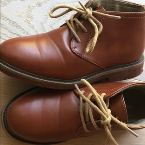 Chukka boot dress shoes